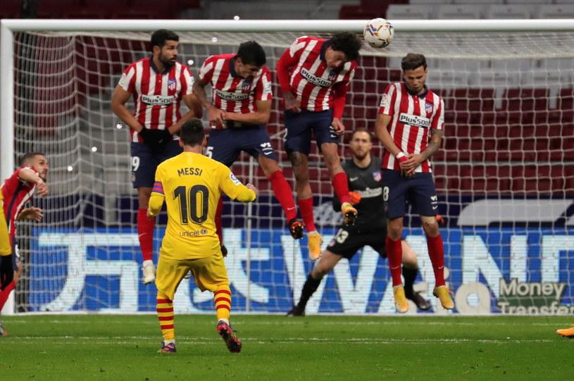 Lionel Messi nie sforsował muru na obiekcie Atletico Madryt. /PAP