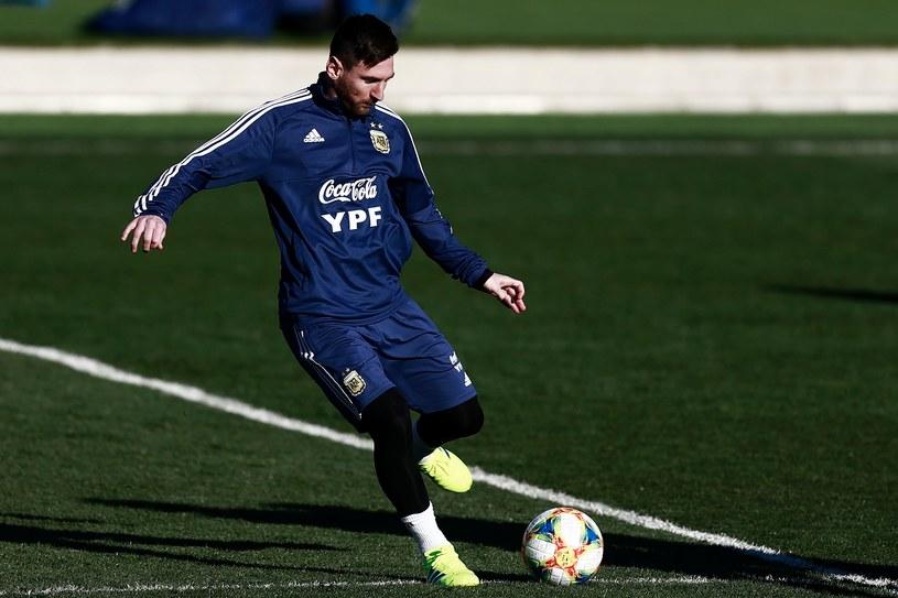 Lionel Messi podczas treningu reprezentacji Argentyny w Madrycie /AFP