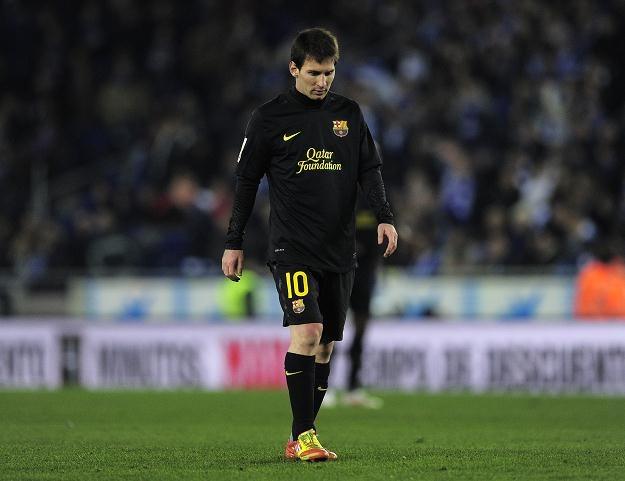 Lionel Messi schodził z boiska ze spuszczoną głową /AFP