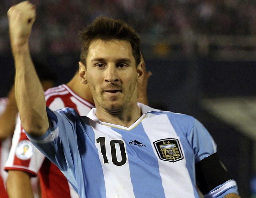 Lionel Messi strzelił dwa gole w meczu z Paragwajem /AFP