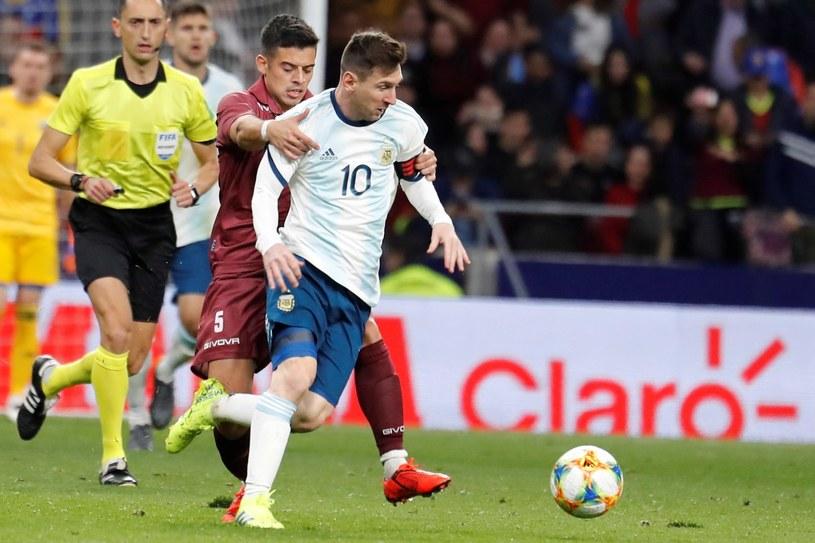 Lionel Messi w meczu z Wenezuelą /PAP/EPA