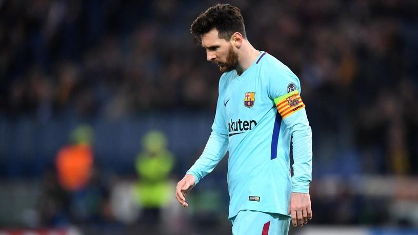 Lionel Messi załamany po porażce w LM. /Getty Images
