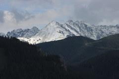 Lipcowy śnieg w Tatrach