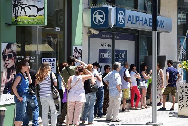Lipiec 2015 roku. Grecy szturmują bankomaty. /©123RF/PICSEL
