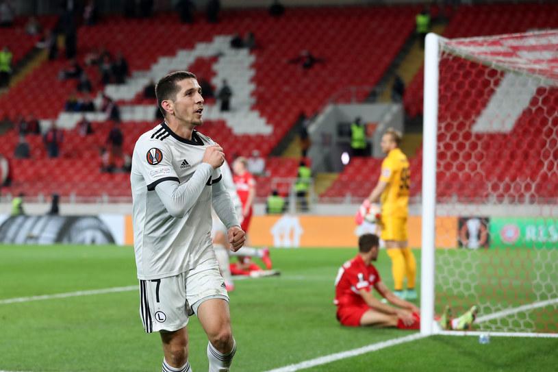 Lirim Kastrati cieszy się z gola dla Legii w meczu ze Spartakiem w Moskwie /PIOTR KUCZA/FOTOPYK /Newspix