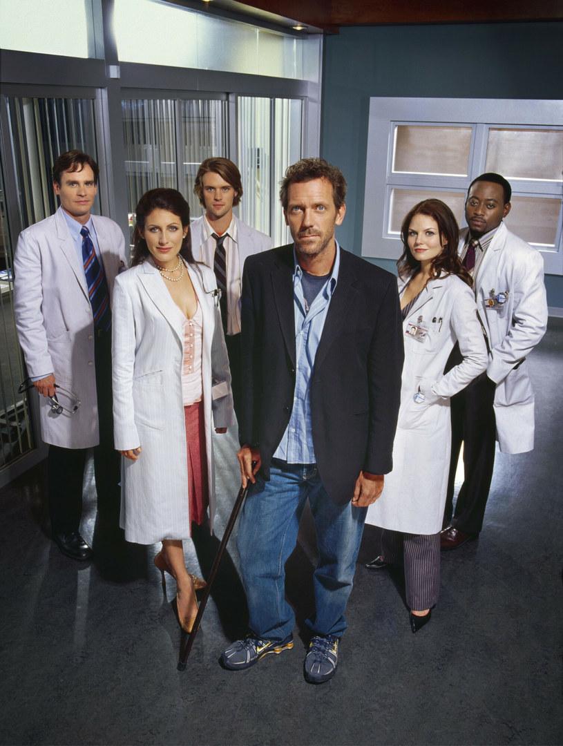 "Lisa Eldelstein i reszta ekipy serialu ""Dr House"" /FOX BROADCASTING COMPANY / PARRY, NIGEL /East News"