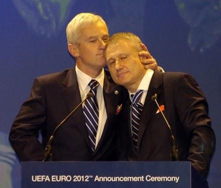 Listkiewicz i Surkis nie zawsze mówią jednym językiem w sprawach Euro 2012 /AFP