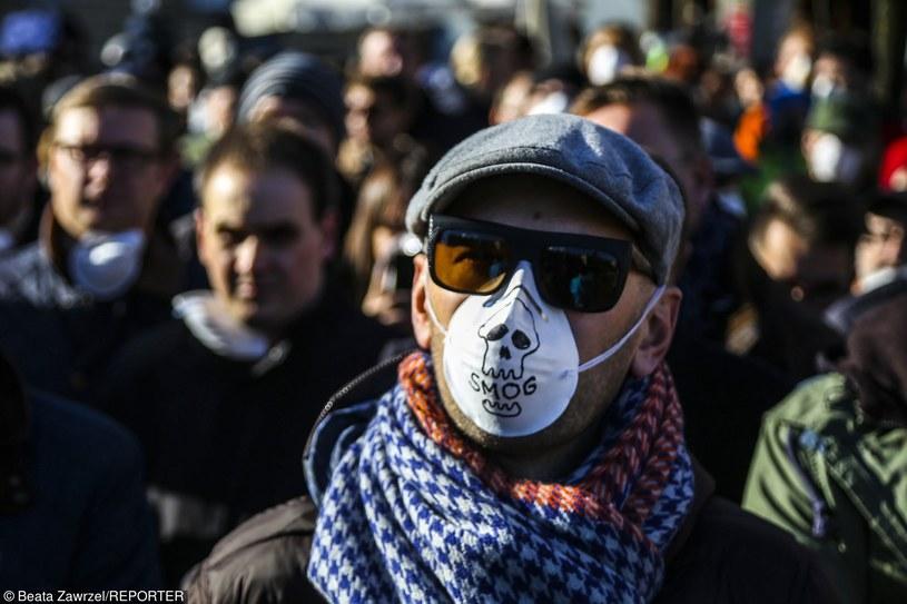 Listopadowa akcja Krakowskiego Alarmu Smogowego SOS dla Krakowa, zdj. ilustracyjne /Beata Zawrzel/REPORTER /Reporter