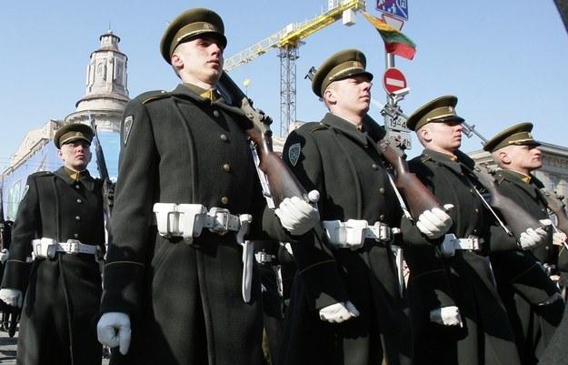 Litewscy żołnierze /AFP
