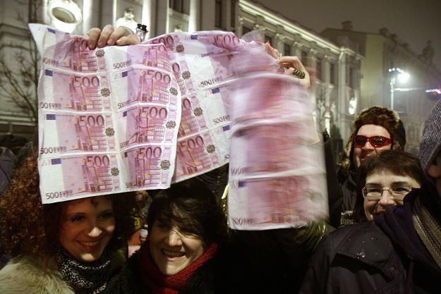 Litewski rząd będzie mógł kontrolować transakcje Orlen Lietuva /AFP