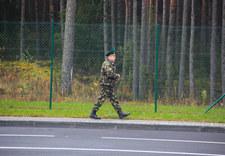 Litwa: Białoruscy żołnierze wypchnęli imigrantów z Iraku przez granicę
