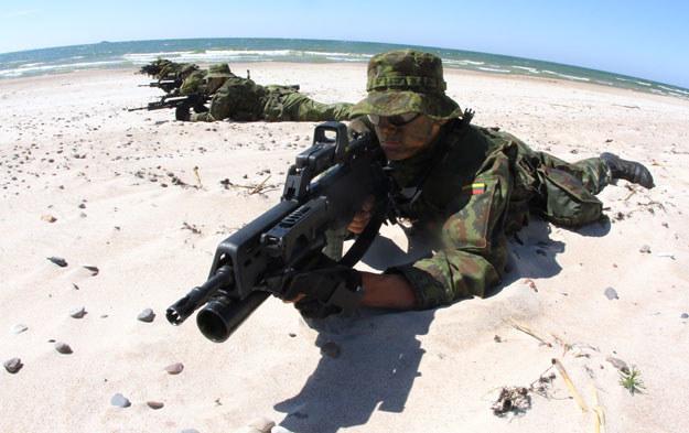 Litwa planuje powoływanie do armii około 3,5-4 tysięcy poborowych rocznie /AFP