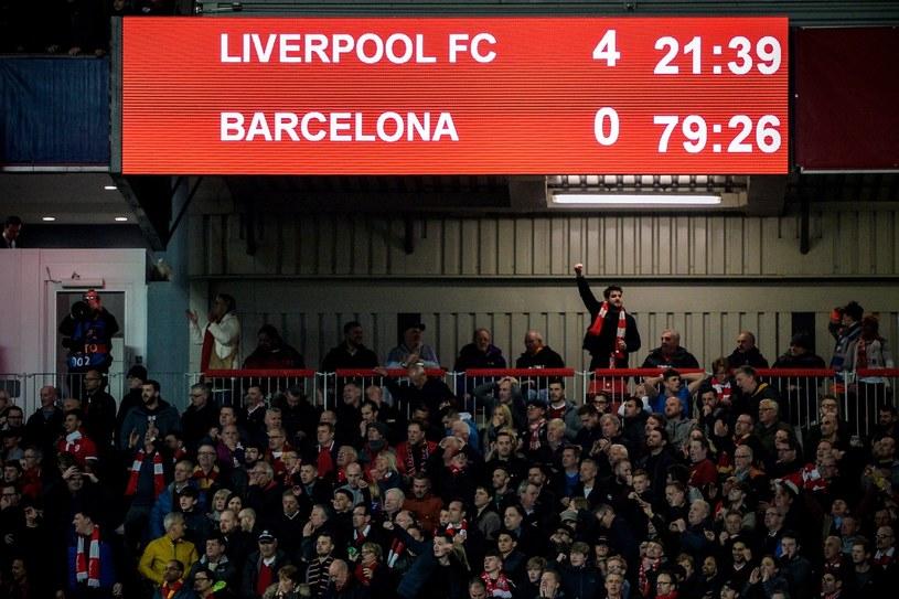Liverpool rozbił Barcelonę /PAP/EPA