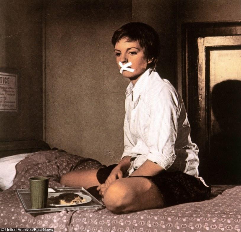 """Liza Minnelli w scenie z filmu """"Bezpłodna kukułka"""" /East News"""
