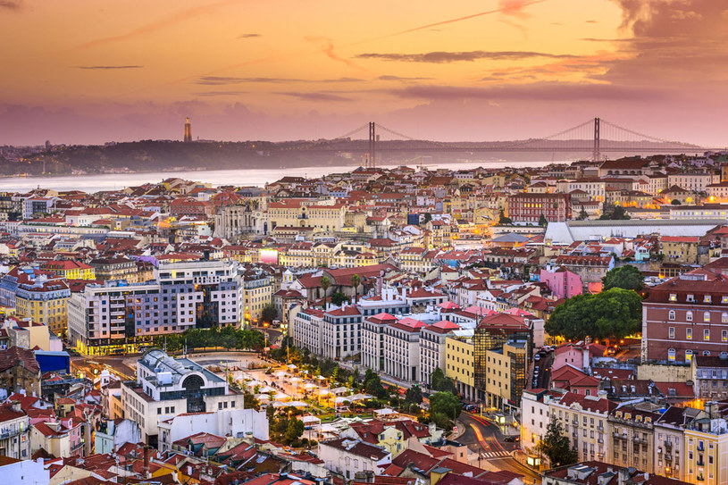 Lizbona, Portugalia skyline w nocy /Picsel /123RF/PICSEL