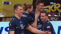 LM siatkarzy. Łukasz Kaczmarek (ZAKSA) znokautowany przez kolegę z drużyny (POLSAT SPORT). Wideo