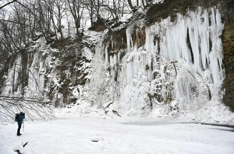 Lodospad w Rudawce Rymanowskiej w Beskidzie Niskim /Darek Delmanowicz /PAP