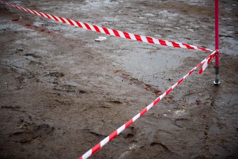 Łódź: Bracia w wieku 10 i 13 lat utknęli w zbiorniku wypełnionym błotem, zdj. ilustracyjne /Marek Lapis /Agencja FORUM