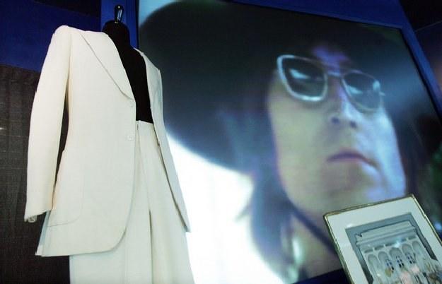Łódź obchodzi 70. rocznicę urodzin Johna Lennona - lidera legendarnej brytyjskiej grupy The Beatles /AFP