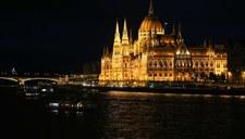 Łódź przewróciła się na Dunaju w Budapeszcie. Są ofiary