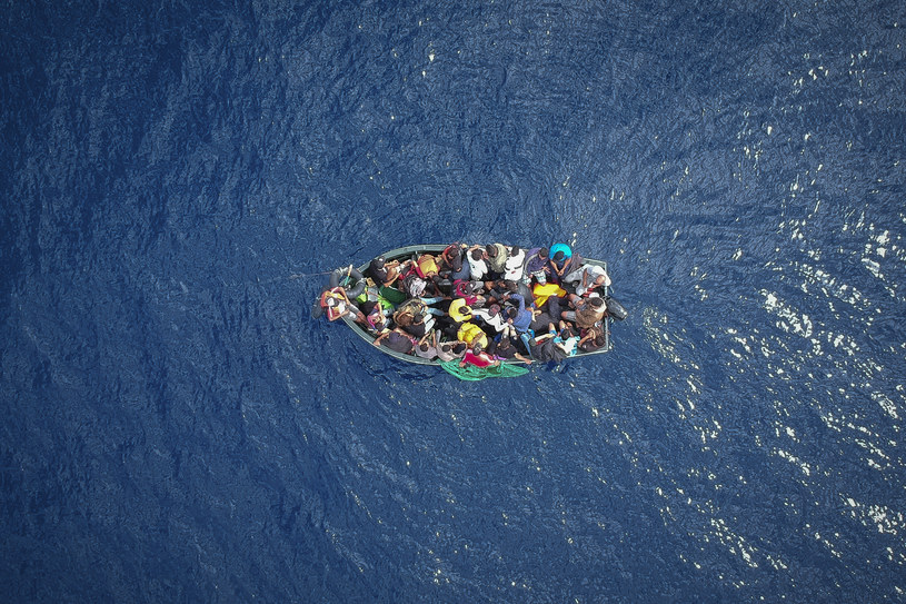Łódź z migrantami, zdj. ilustracyjne /Marcos Moreno /AFP