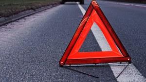 Łódzkie: Zablokowana trasa po wypadku na DK 72