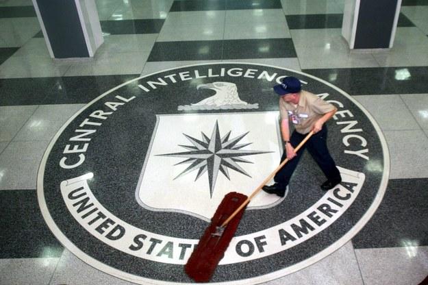 Logo CIA w kwaterze głównej agencji w Langley w stanie Wirginia /DENNIS BRACK / POOL /PAP/EPA