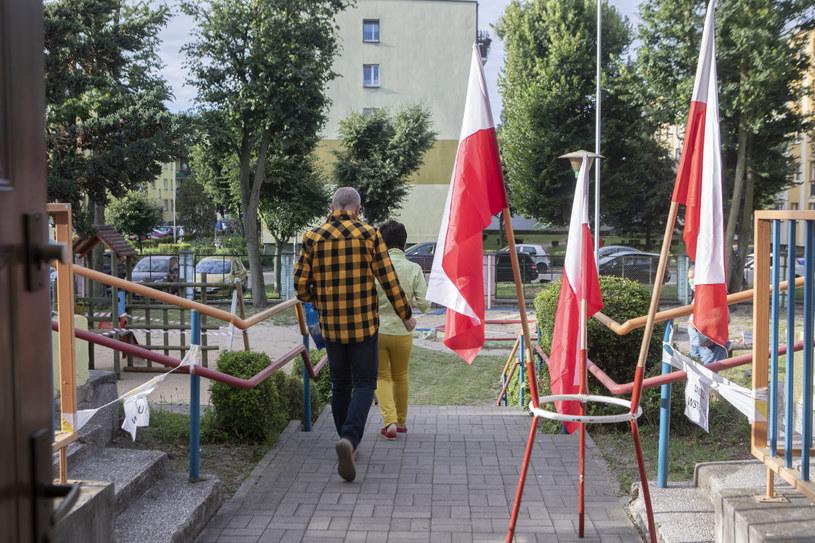 Lokale wyborcze zostały otwarte o godz. 7 /Witold Spisz/REPORTER /Reporter