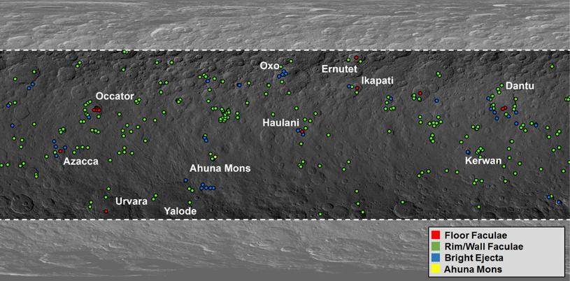 Lokalizacja jasnych obszarów na Ceres /materiały prasowe