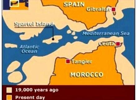 Lokalizacja zatopionej wyspy Atlantyda wg. dr Gutschera i prof. Collina-Girarda. /MWMedia