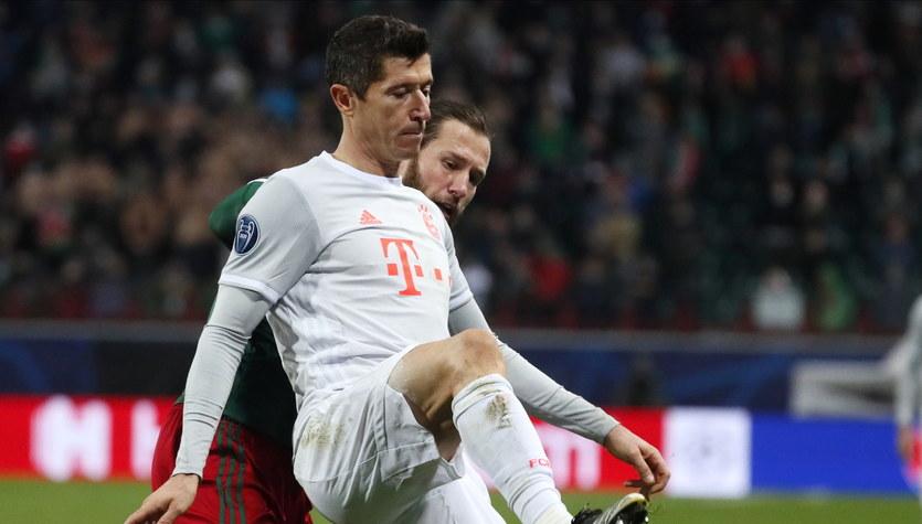 """Lokomotiw - Bayern 1-2. Lewandowski wciąż strzela """"tylko"""" w lidze"""