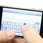 LOL, OMG i dziwny słownik rodem z SMS-ów