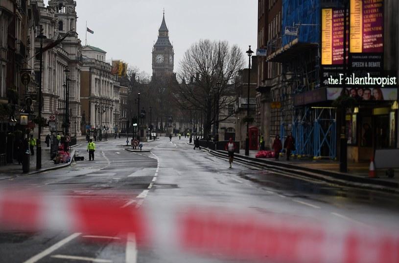 Londyn dzień po zamachu /ANDY RAIN /PAP/EPA