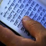 Londyn: Nastolatkowie zaatakowali rabina