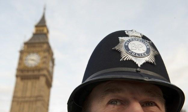 Londyńska policja udaremniła zuchwałą próbę cyberwałamania do banku /AFP
