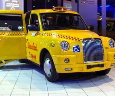 Londyńskie taxi w Warszawie