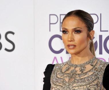 Lopez: Reżyser powiedział mi, żebym zdjęła koszulkę i pokazała piersi