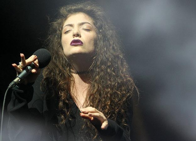 Lorde podczas gali w rodzimej Nowej Zelandii (fot. Fiona Goodall) /Getty Images/Flash Press Media