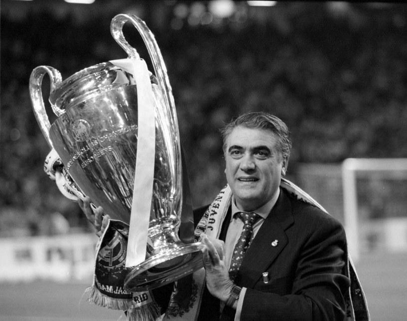 Lorenzo Sanz po wygranej Realu Madryt w Lidze Mistrzów w 1998 roku /Getty Images