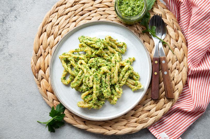 Lorighittas to skręcone pasma spaghetti /123RF/PICSEL
