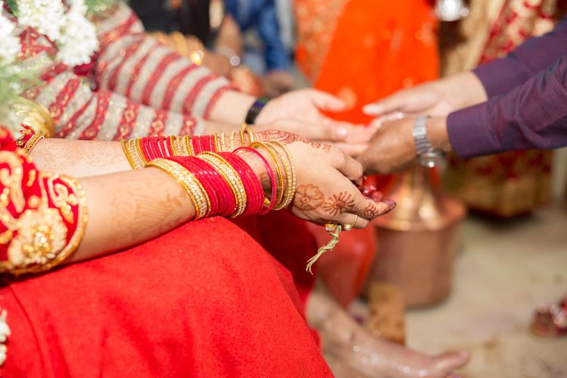 Los nepalskich kobiet często bywa okrutny /123RF/PICSEL
