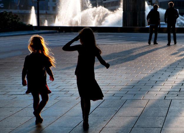 Losem dzieci ulicy interesuje się niewielu /123RF/PICSEL