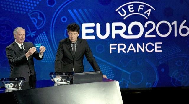 Losowanie grup do EURO2016 /FEDERICO GAMBARINI  /PAP/EPA