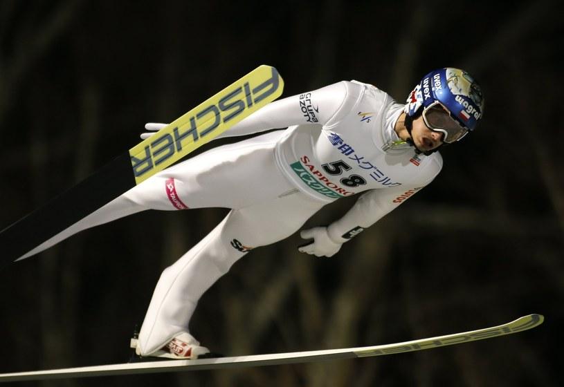 Lot Macieja Kota po zwycięstwo w Pucharze Świata w Sapporo. /PAP/EPA