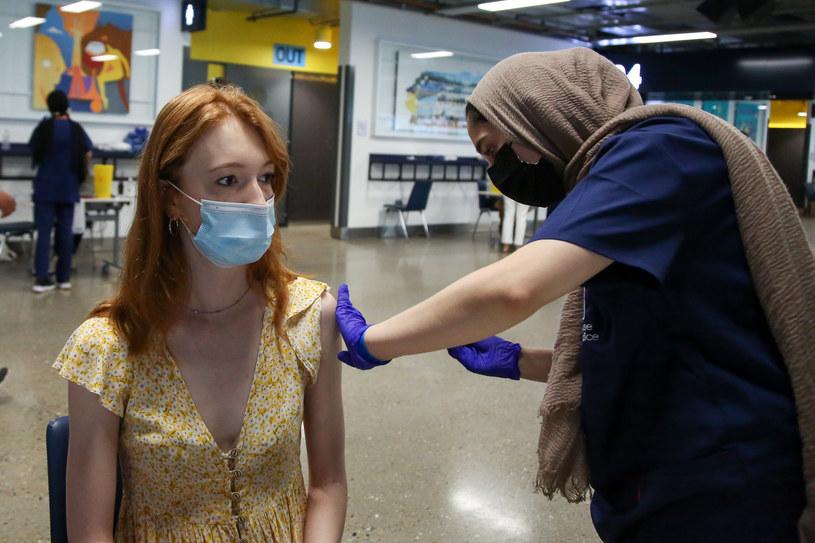 Loteria szczepionkowa ma zachęcić do szczepień, zdjęcie ilustracyjne /Steve Taylor/SOPA Images/LightRocket /Getty Images
