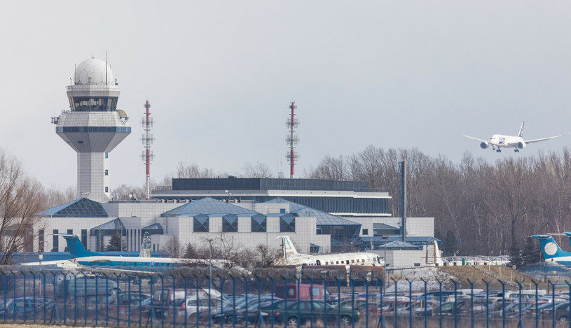 Lotnisko Chopina w Warszawie /Fot Tomasz Jastrzebowski /Reporter