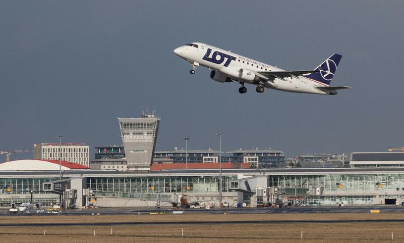 Lotnisko Chopina w Warszawie /Tomasz Jastrzębowski /Reporter