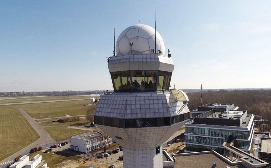 Lotnisko Chopina. Widok na pas startowy /Dariusz Radzimierski /PAP