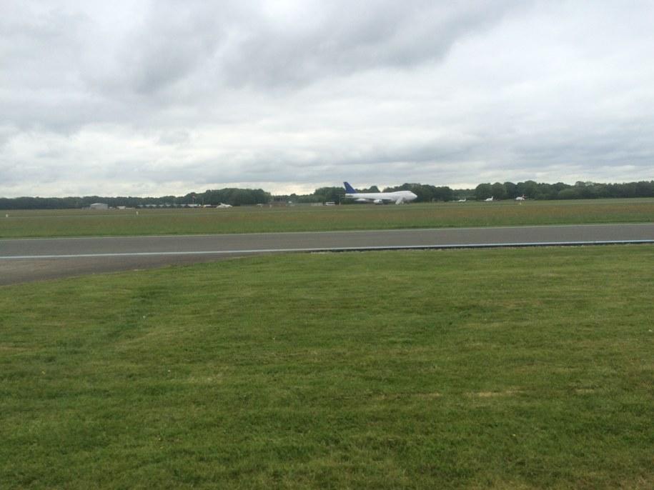 """Lotnisko Dunsfold pod Londynem - to tam nagrywana jest część odcinków programu """"Top Gear"""" /Michał Dobrołowicz /RMF FM"""