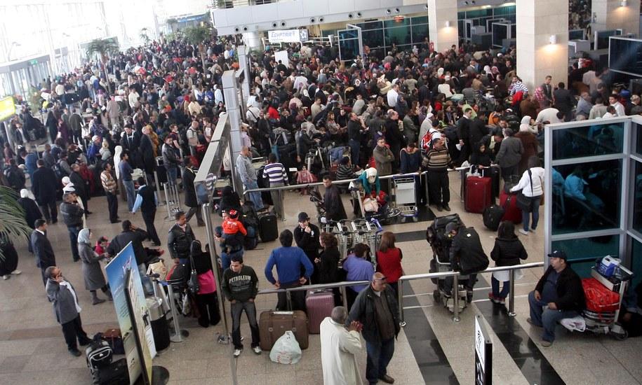Lotnisko w Kairze. Zdj. ilustracyjne /KHALED EL FIQI /PAP/EPA